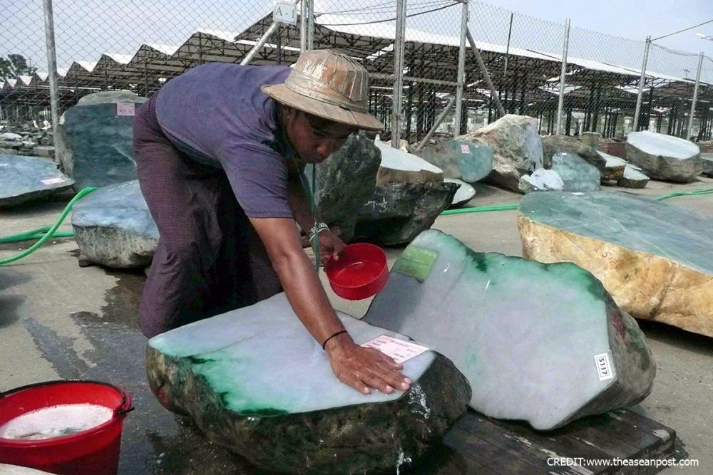 မြန်မာ့ကျောက်စိမ်း